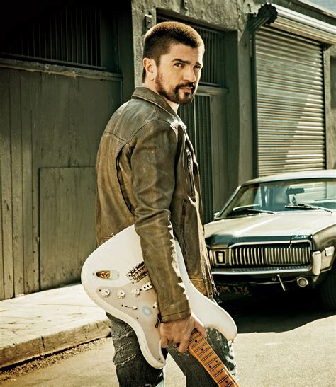 juanes biography in english juanes on producing a tv show based on his life why he