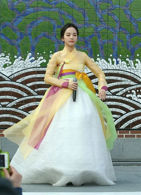 Wedding Dress Korean 720p by 54 Best Song So Hee Images On Korean