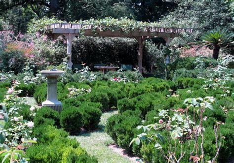 tudor place dc gardens tudor place in august dc gardens