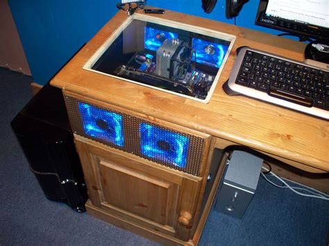 Case Gallery Moonpig S Desk Mod Techpowerup Forums Computer Desk Mod