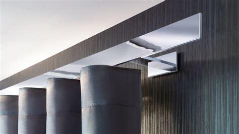 gardinenstange chrom glanzend interstil gardinenstangen schienensysteme