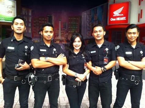 Baju Karyawan Net Tv jual seragam trans tv terbaru konveksi