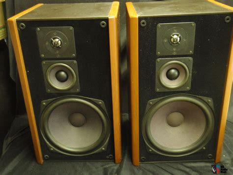 Speaker Mb Quart mb quart quot quart 390 quot 3 way book shelf speakers photo 809342 us audio mart
