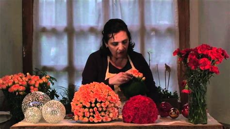 Como Hacer Un Arreglo De Esferas De Flores | como hacer un arreglo de esferas de flores youtube