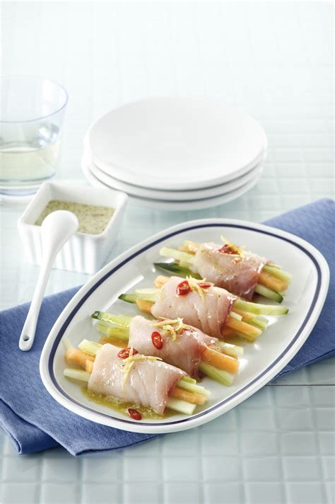 cetriolo di mare cucina involtini di pesce spada melone e cetriolo sale pepe