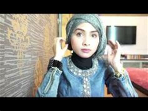 tutorial hijab graduation 1000 images about inspirasi wisuda on pinterest kebaya