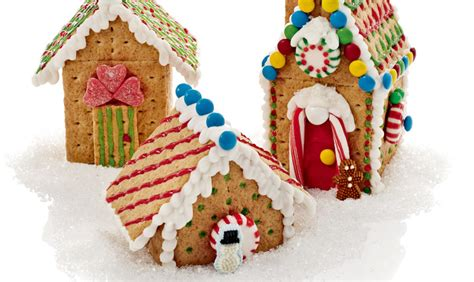 gingerbread house with graham crackers graham cracker gingerbread houses pictures house pictures