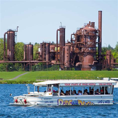 boat tours in seattle wa ride the ducks of seattle