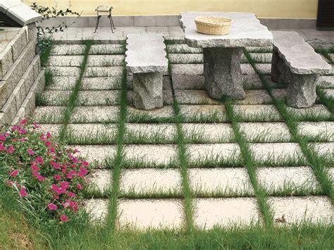 piastrelle da giardino come posare le piastrelle da giardino su sabbia guida