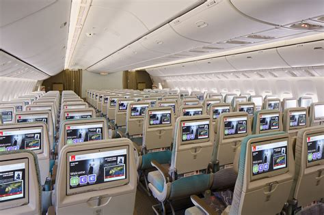 boeing 777 300er cabin emirates unveils brand new cabins for its boeing 777 fleet