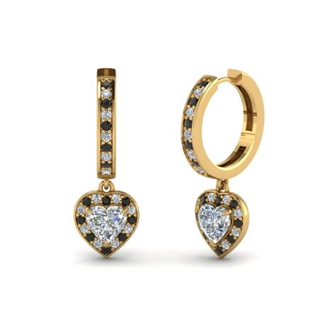 18k Gold Non Matching Drop Earring pear shaped engagement ring in 18k gold