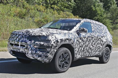 jeep crossover 2015 this new jeep suv will replace the compass patriot