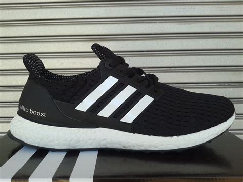 Adidas Sepatu Premium Sneakers Unisex Shoes Running adidas ultra boost indonesia