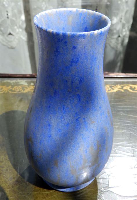 pottery a vase by pilkingtons royal