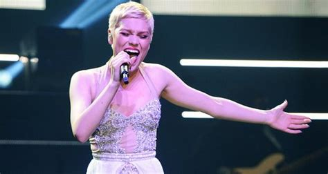 jessie j us tour jessie j launches alive uk and ireland tour with show