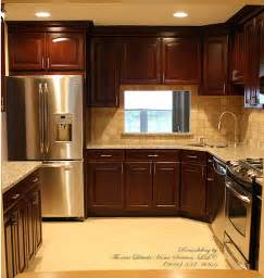 Sle Backsplashes For Kitchens by Kitchen Designs For Townhouses