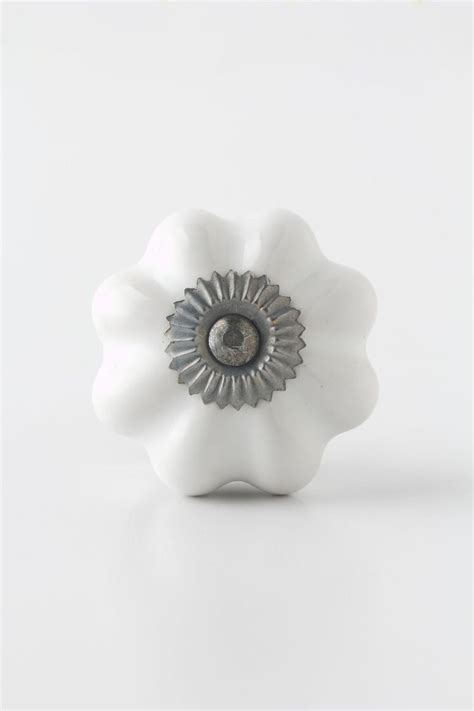 Dresser Knobs Anthropologie by 13 Best Images About Buffet Pulls On Ceramics