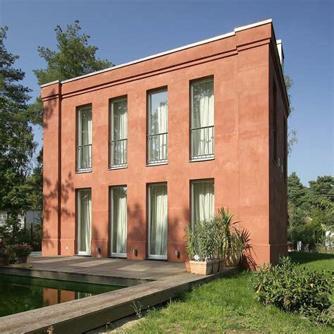 architekten berlin neubau eines klassischen hauses in bewaldeter umgebung