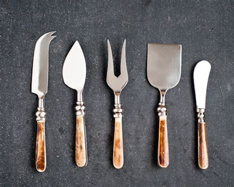 Which Cheese Knife To Use - pics for gt how to use cheese knives