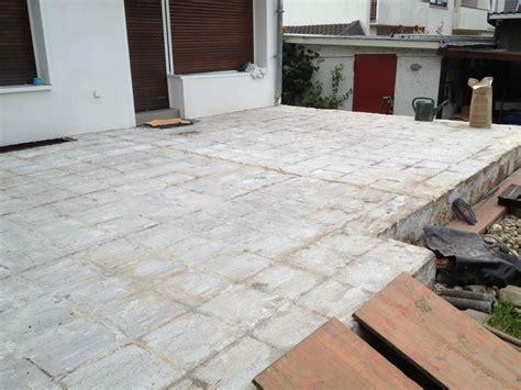 terrasse erneuern hochwertige baustoffe geflieste terrasse erneuern