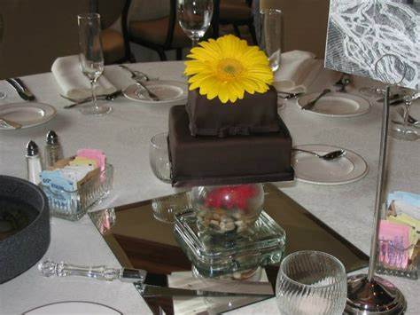 cute mini wedding cake centerpieces happily ever after