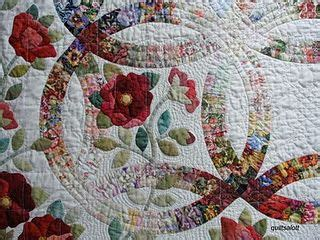 double wedding ring quilt love the fading in and out of