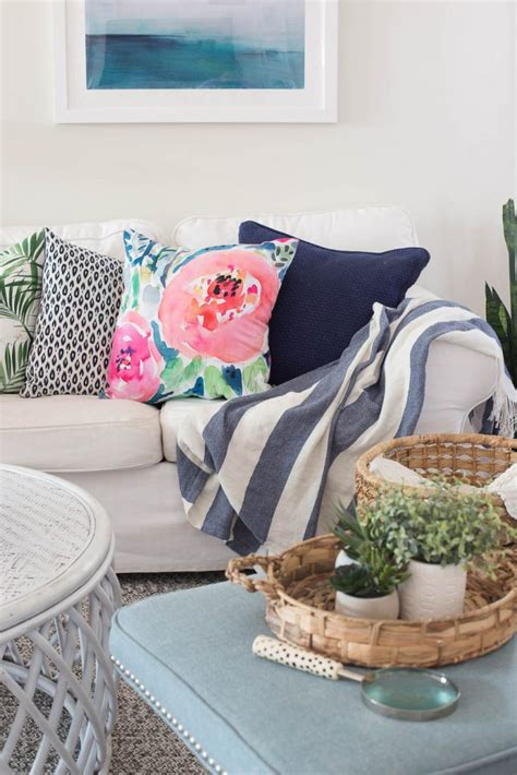 where to buy couch pillows where to buy throw pillows