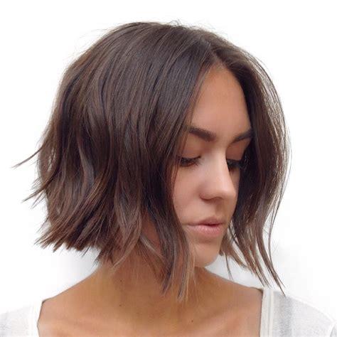 middle age short layerd haircut flare on sides sal salcedo en instagram modern bob hairbysal hurr