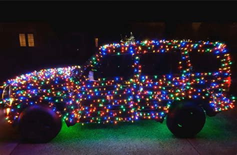 jeep christmas lights 2 200 reasons why you can see this jeep coming from a mile