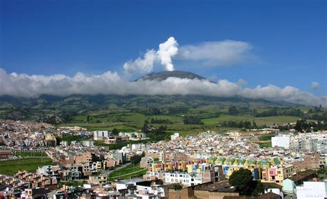 living on the volcano volcanoes of colombia astronoo