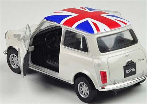 Tomica Series No 79 Toyota Himedic white 1 36 scale welly diecast mini cooper 1300