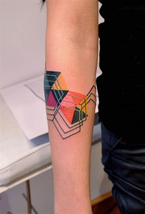 the 14 prettiest geometric tattoos you ever did see brit