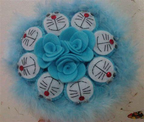 Buket Boneka Doraemon With 3 jual buket boneka doraemon bunga pinkyshop