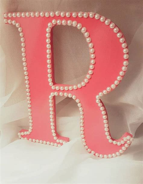 lettere decorate 25 best ideas about decorate wooden letters on
