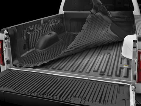 Rugged Bed Cover 2 Types Of Bedliners For Your Truck Pros And Cons