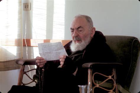 lettere padre pio preghiera potente per ottenere una grazia da padre pio