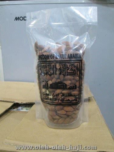 Kacang Fustuk By Oleh Oleh Haji kacang almond 500gr tanpa kulit oleh oleh haji
