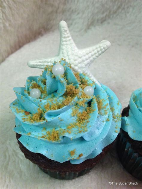 25 best ideas about themed cupcakes on cupcakes summer themed cupcakes