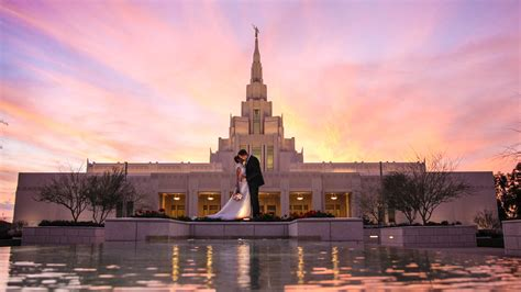 Sunset Color by Phoenix Temple Wedding Photography Cara Kendon