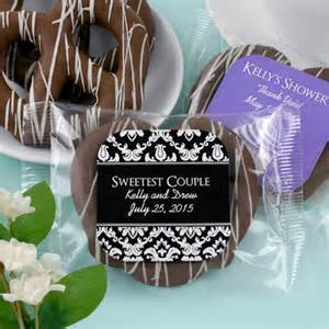 Chocolate For Wedding Favors by Personalized Chocolate Pretzel Edible Wedding Favors