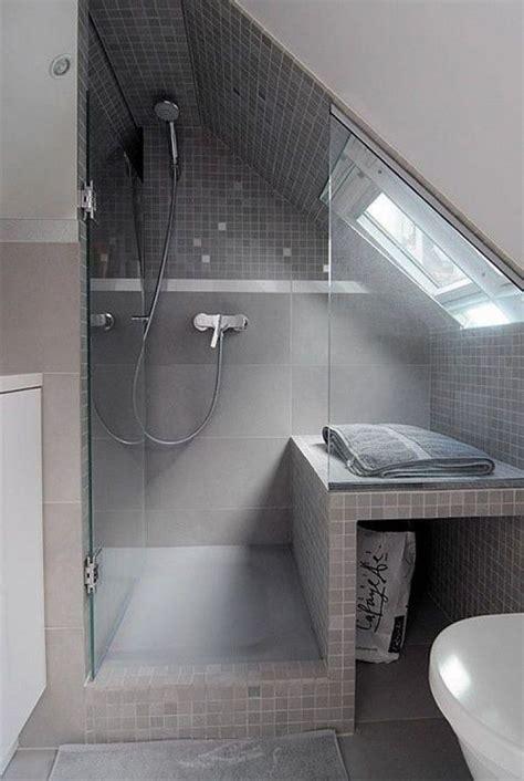 badgestaltung kleines bad mit dachschraege
