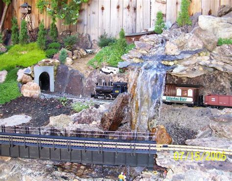 train layout water features chug