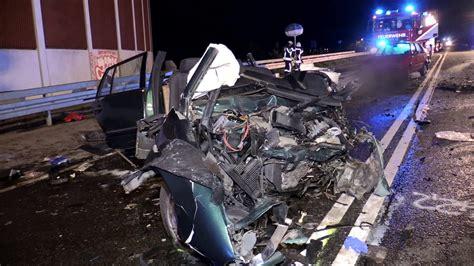 Unfall Motorrad A1 by 4 Tote Nach Tragischem Unfall Pkw Kollidierten Frontal