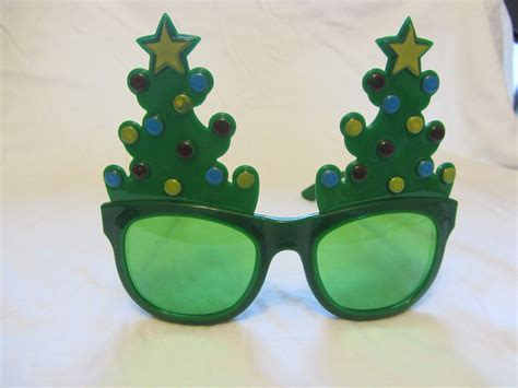 christmas tree sunglasses instant memories
