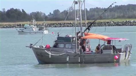 canadian boat song youtube commercial salmon fishing 2010 canada youtube