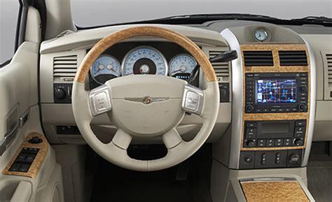 Chrysler Aspen Interior car and driver