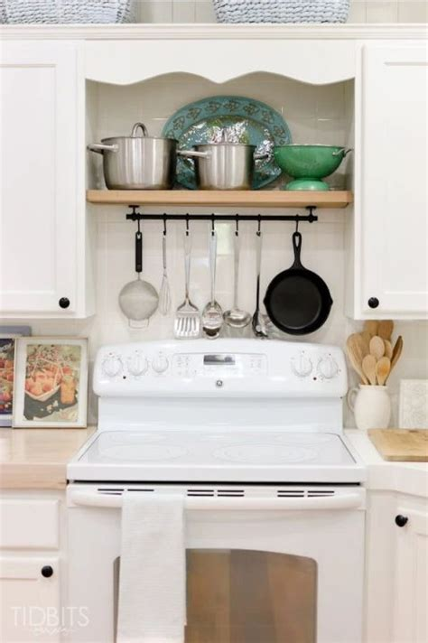 ideas for tiny kitchens 17 best ideas about tiny kitchens on small
