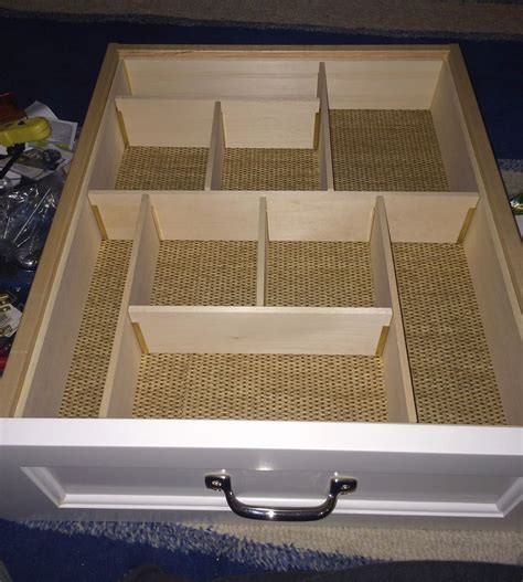 Custom Drawer Dividers by Drawer Organizing Tips That Keep The Mess At Bay