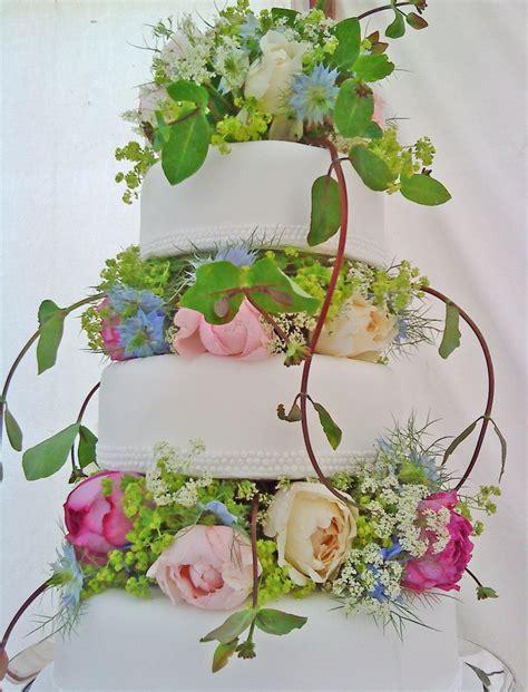 Flower Garden Cake Monacakedesign Pinterest 136 Best Images About Ideas Elise On Pinterest Florists Wedding Flowers And Glass Extension