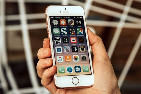 bid iphone apple s next big iphone update could come in 2017 not 2016
